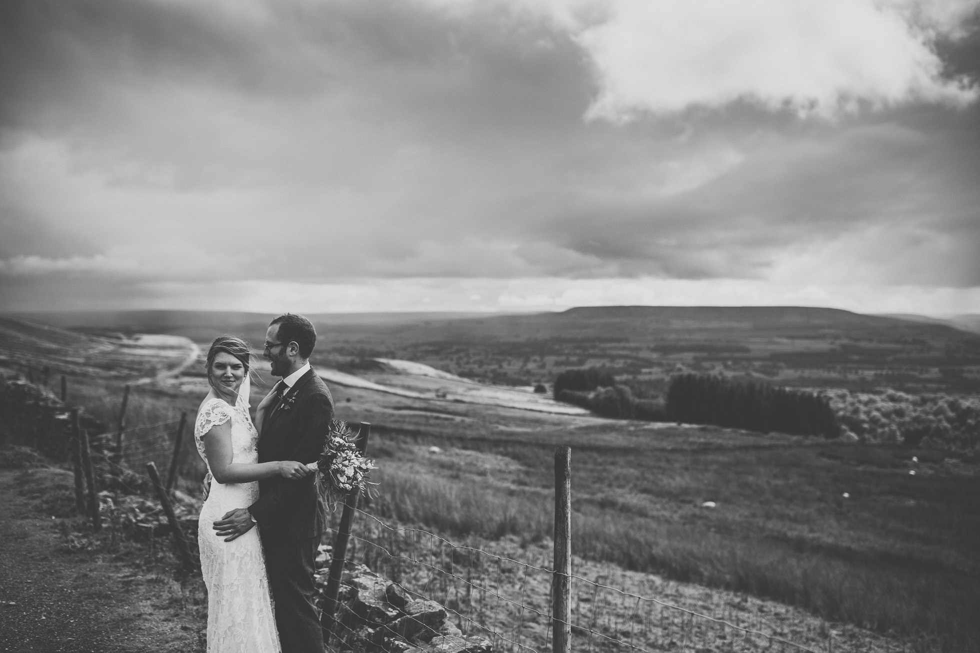 blue_lion_yorkshire_wedding_photographer-75.jpg