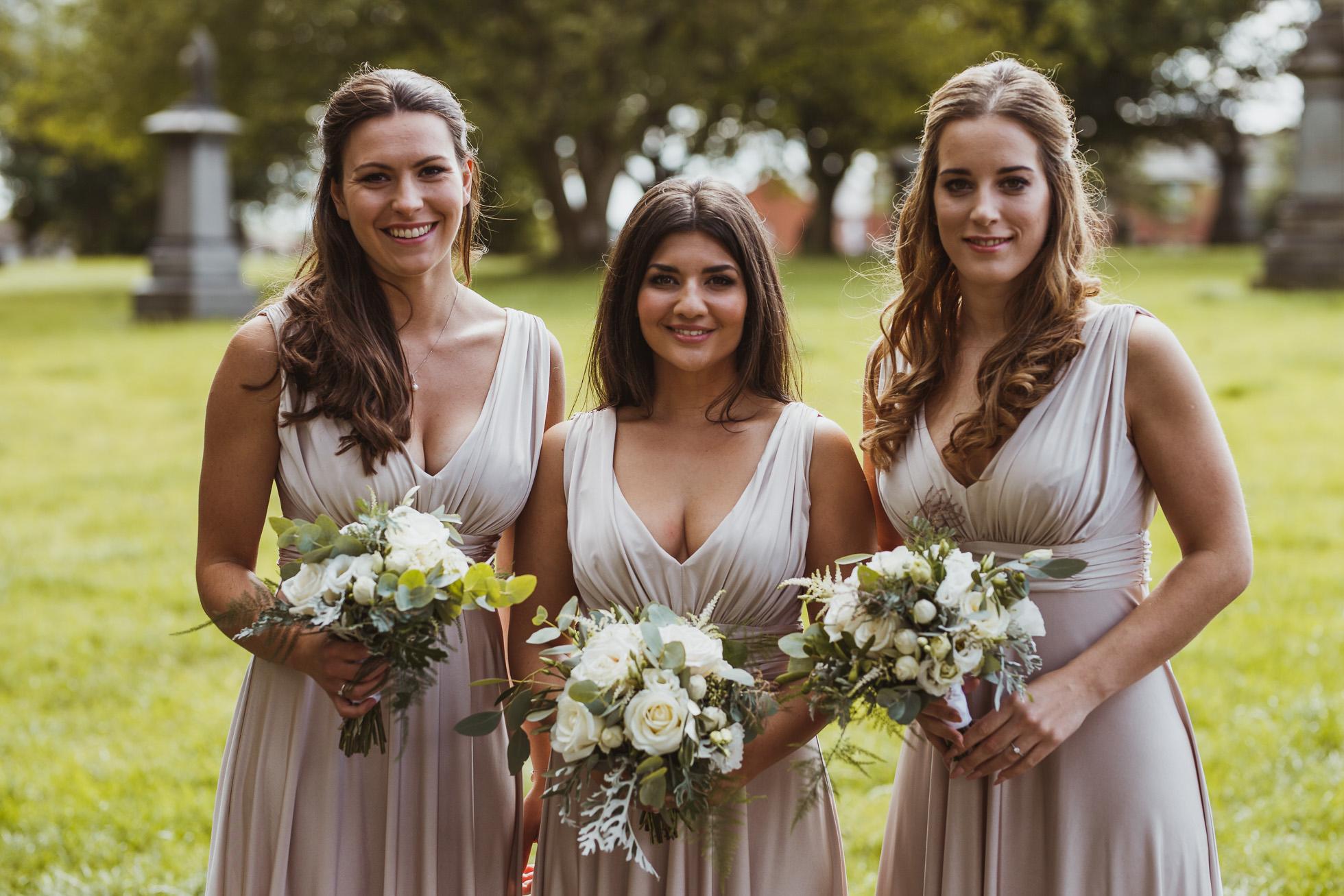 woodman_inn_thunderbridge_wedding_photographer-45.jpg