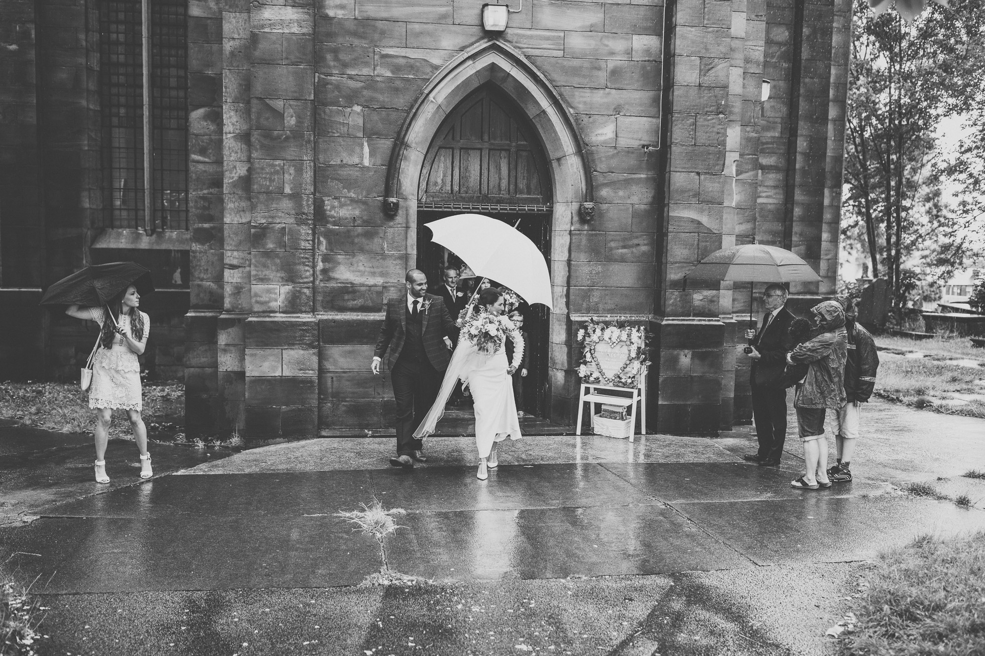 woodman_inn_thunderbridge_wedding_photographer-65.jpg