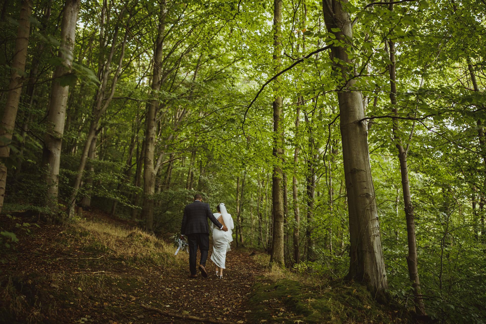 woodman_inn_thunderbridge_wedding_photographer-79.jpg