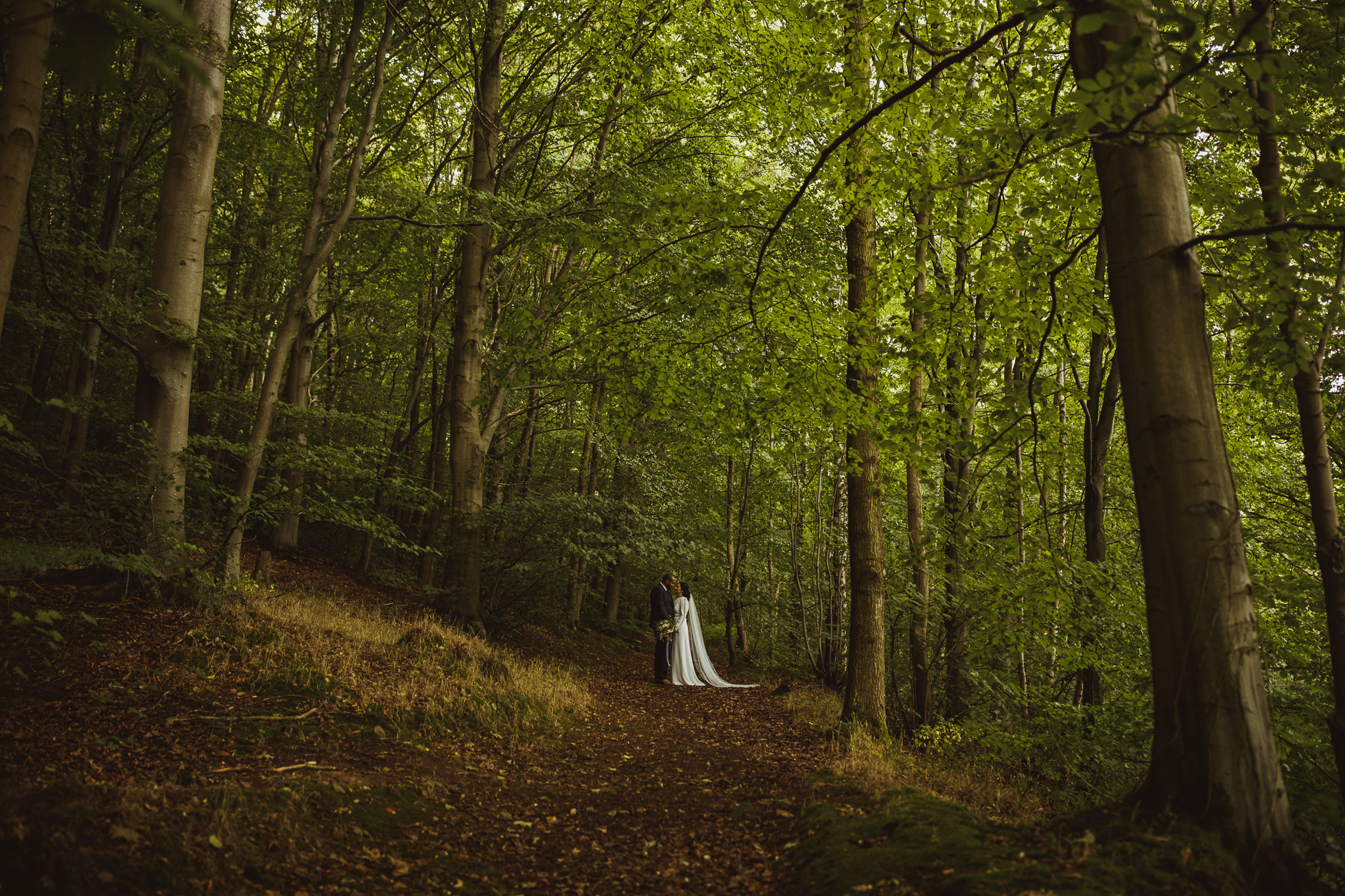 woodman_inn_thunderbridge_wedding_photographer-80.jpg