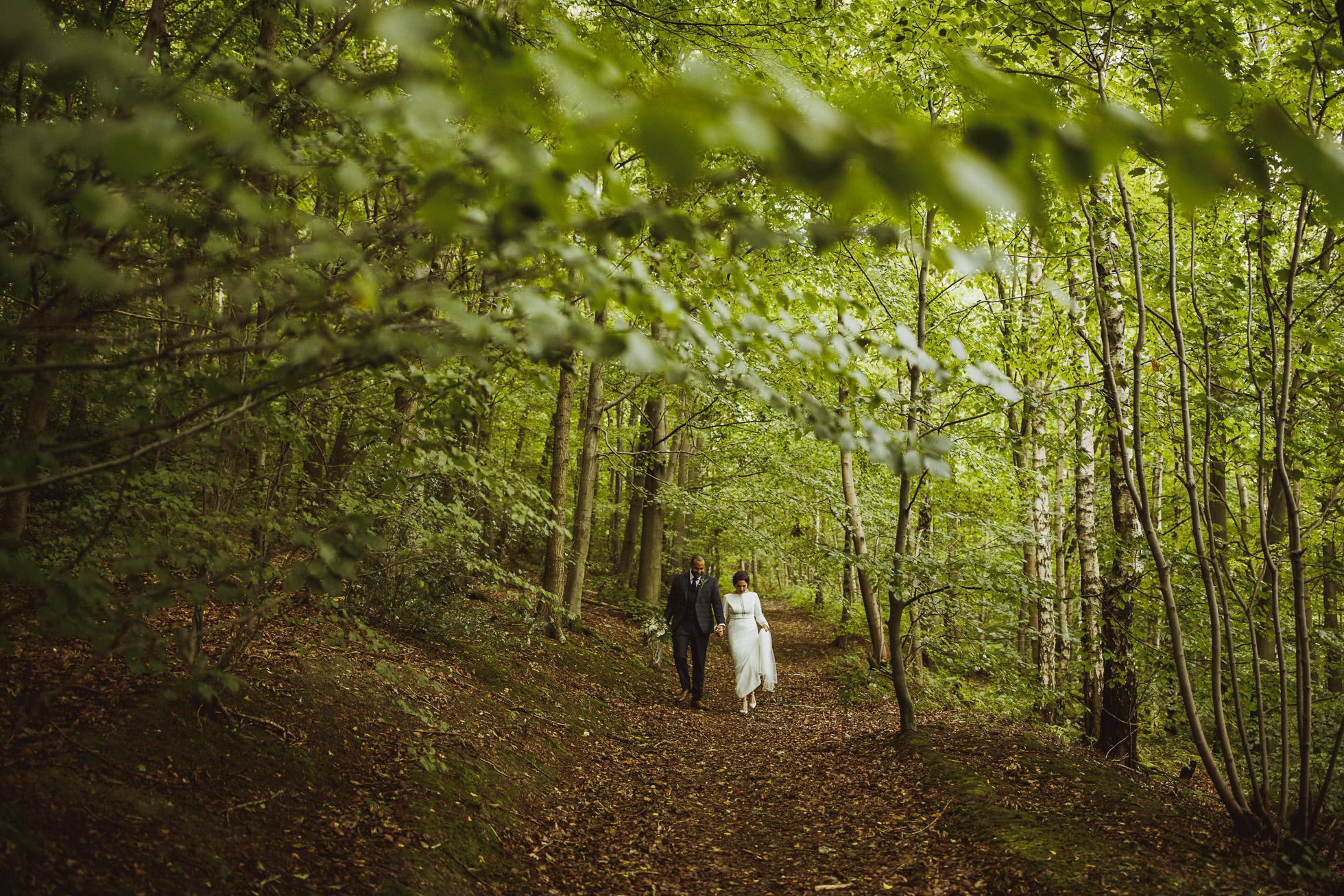 woodman_inn_thunderbridge_wedding_photographer-83.jpg