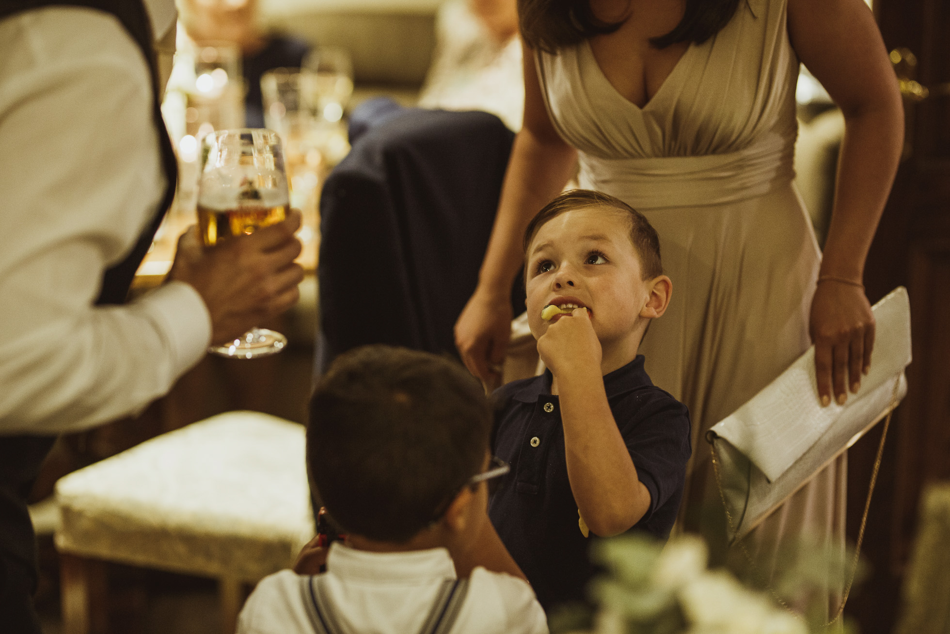 woodman_inn_thunderbridge_wedding_photographer-105.jpg