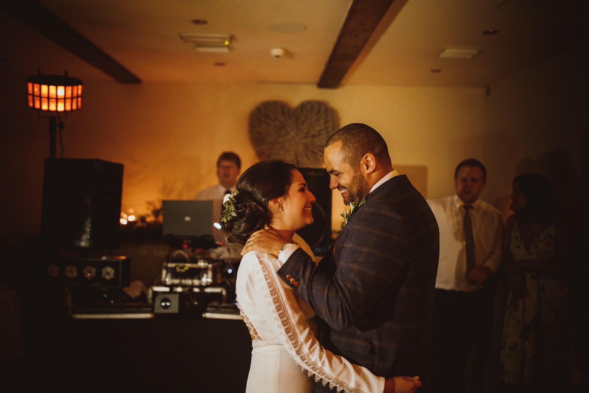woodman_inn_thunderbridge_wedding_photographer-106.jpg