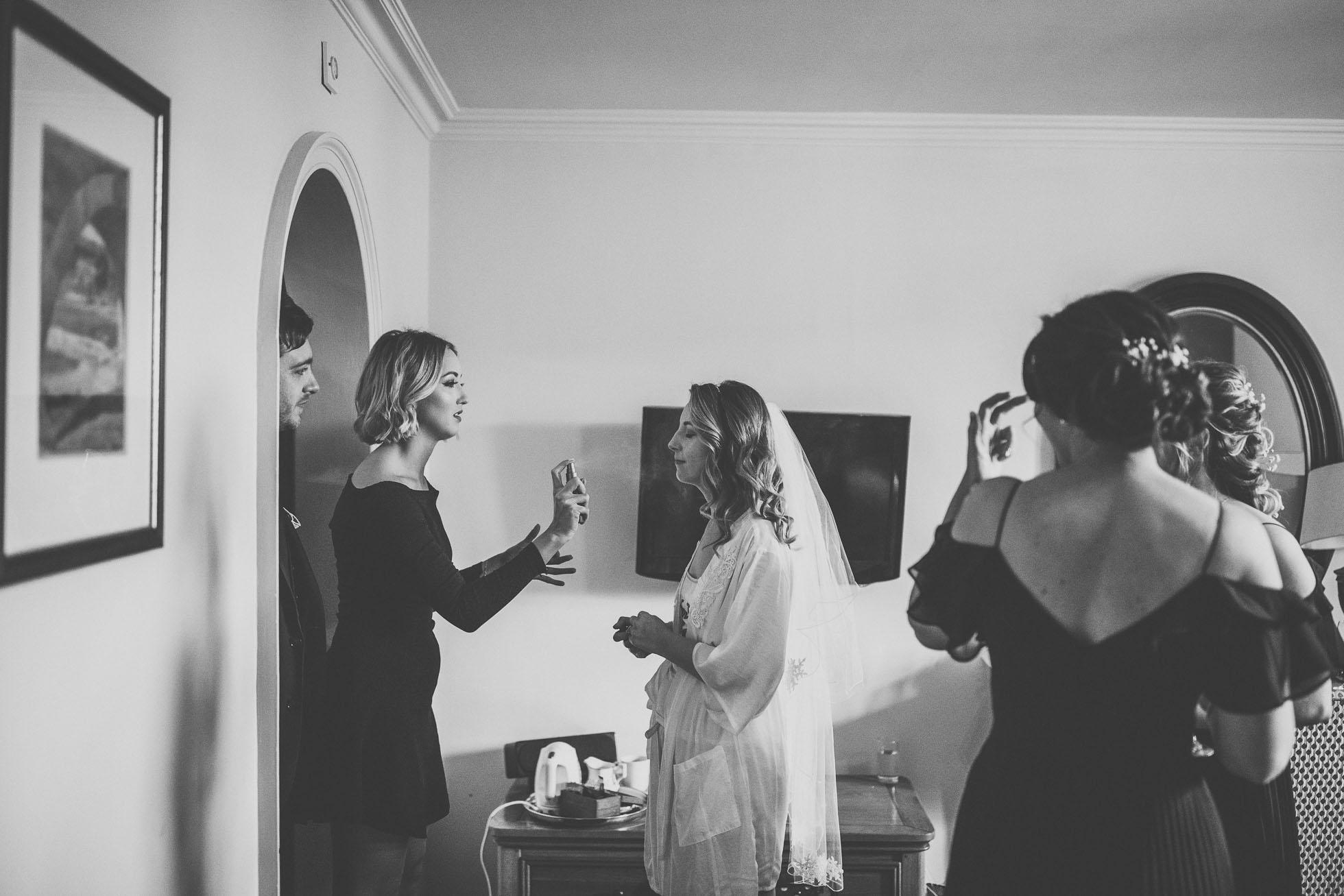 black_swan_helmsley_wedding_photographer-14.jpg