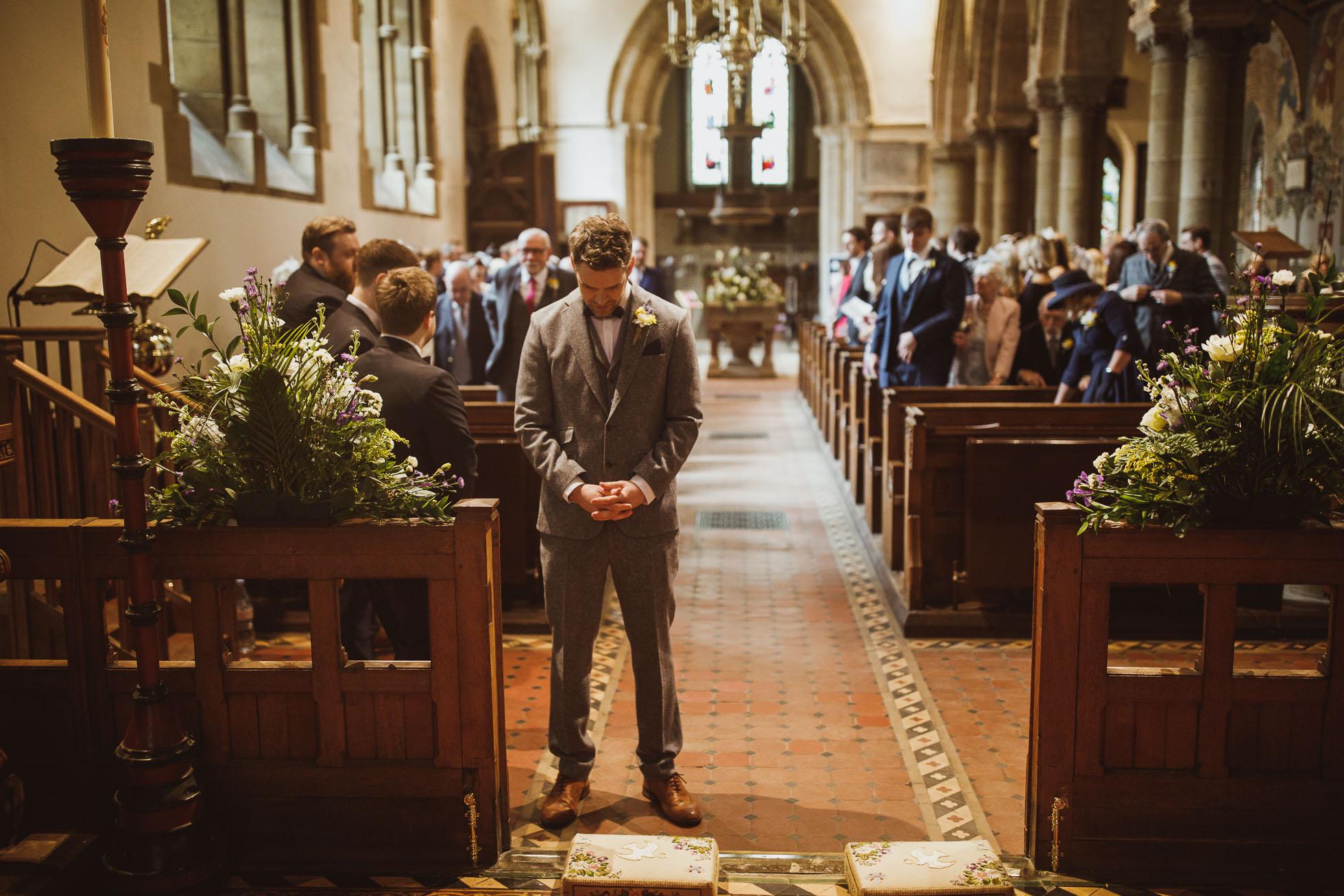 black_swan_helmsley_wedding_photographer-26.jpg