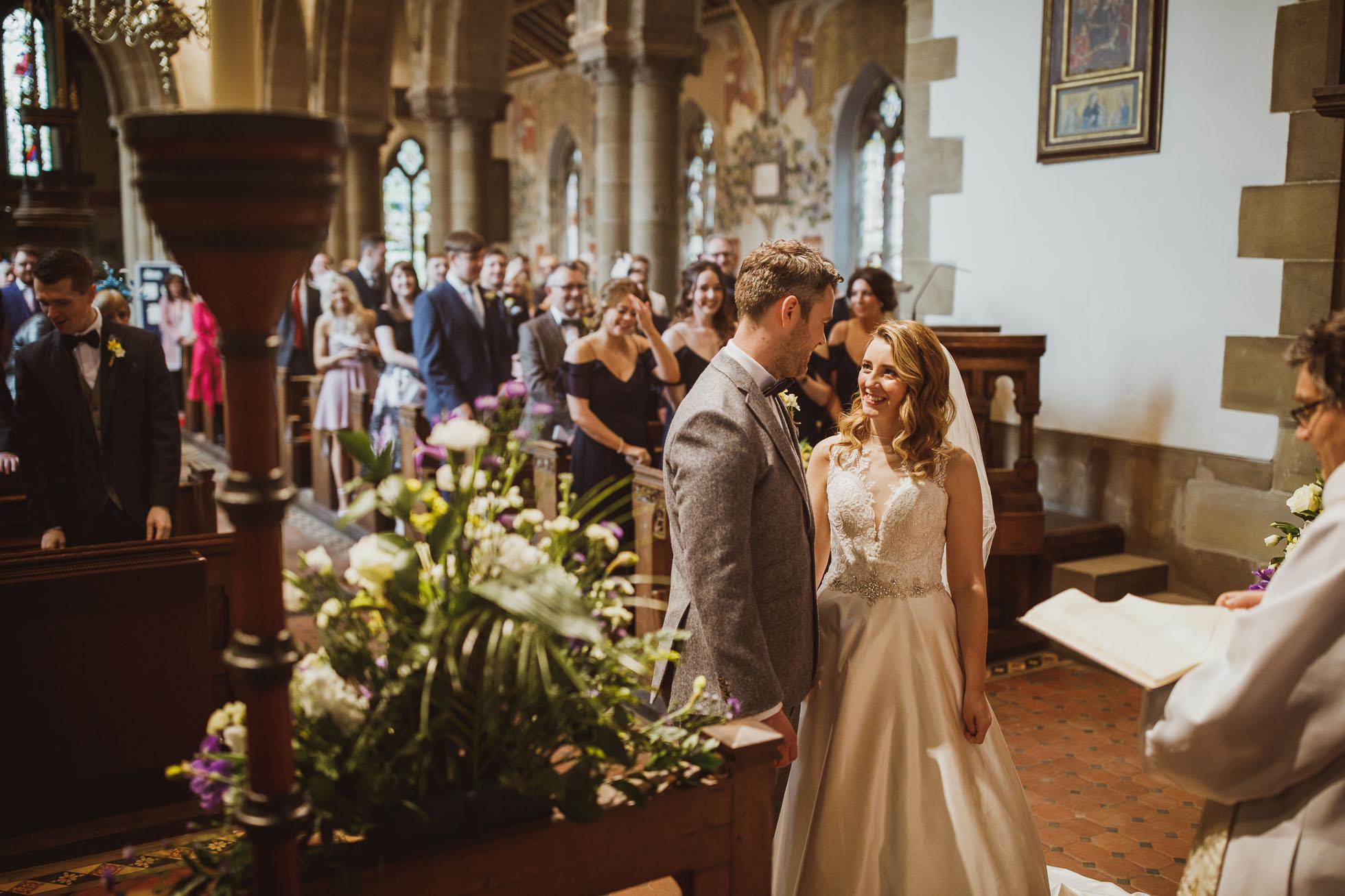 black_swan_helmsley_wedding_photographer-30.jpg
