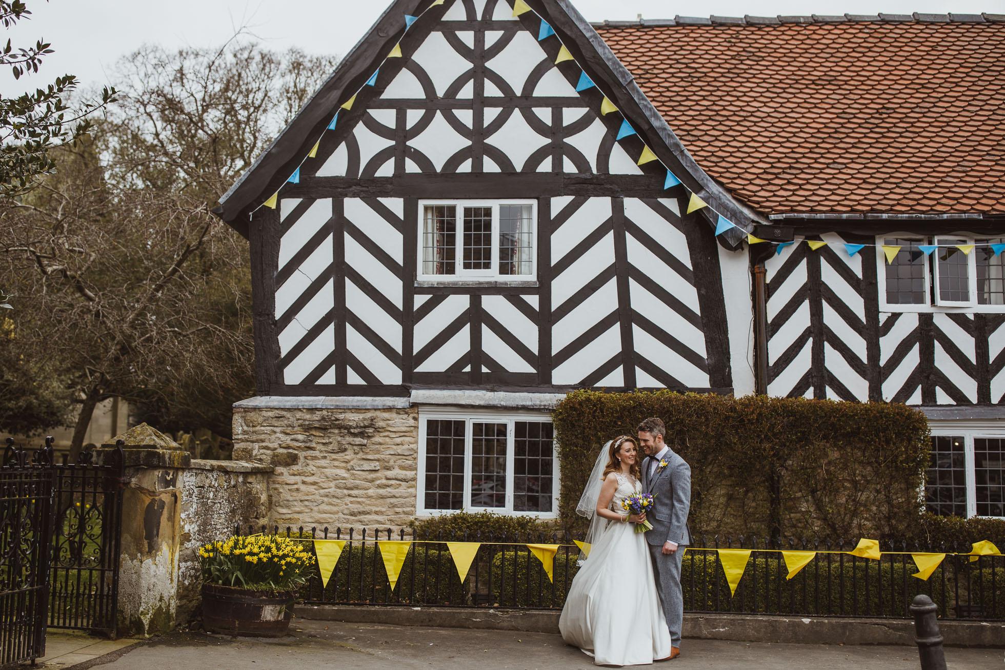 black_swan_helmsley_wedding_photographer-52.jpg