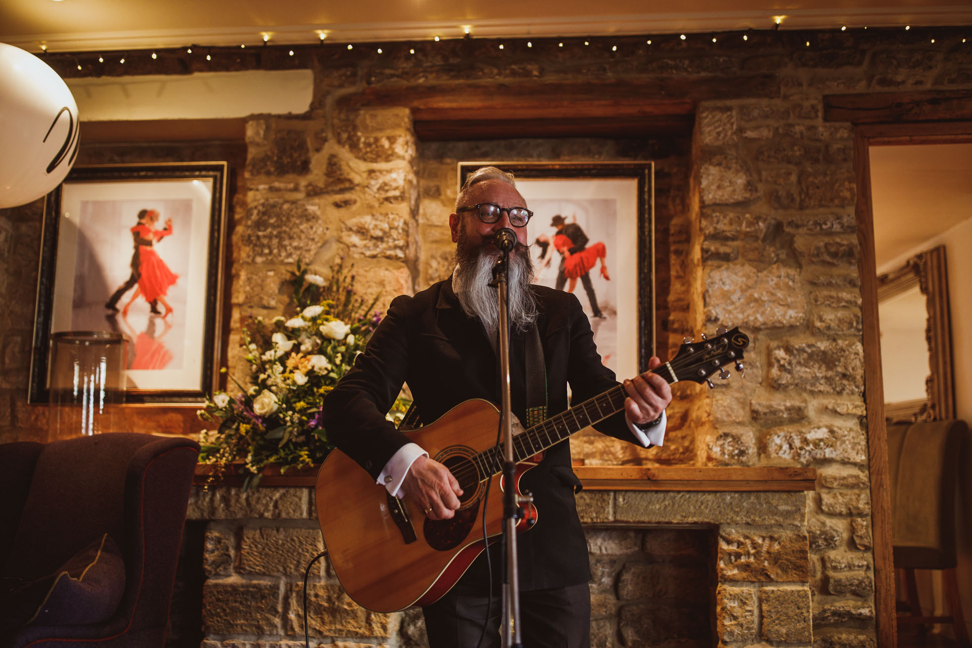 black_swan_helmsley_wedding_photographer-90.jpg