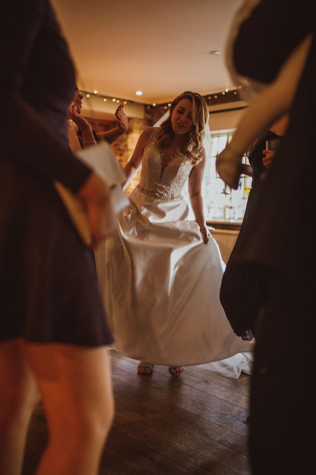 black_swan_helmsley_wedding_photographer-94.jpg