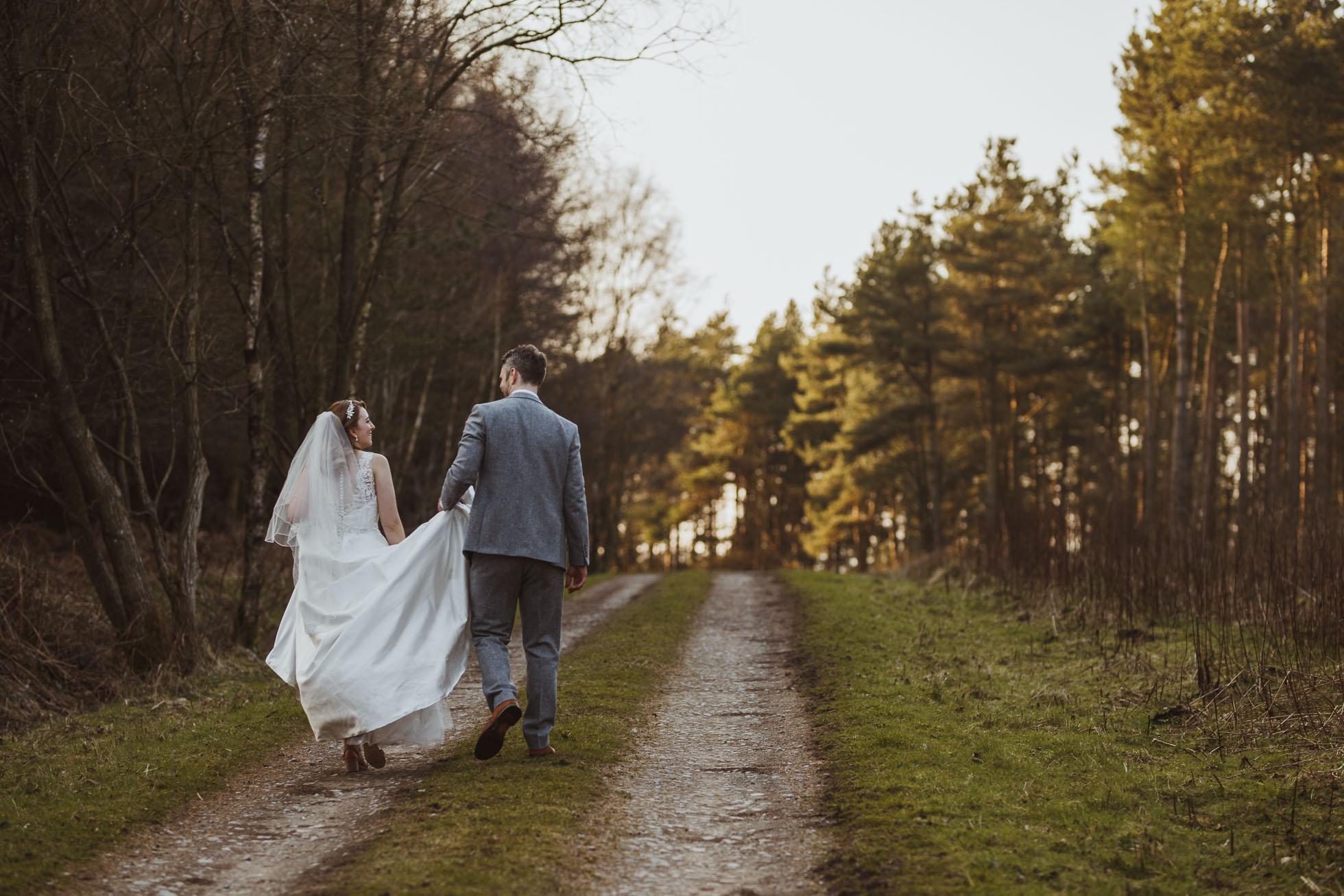 black_swan_helmsley_wedding_photographer-100.jpg