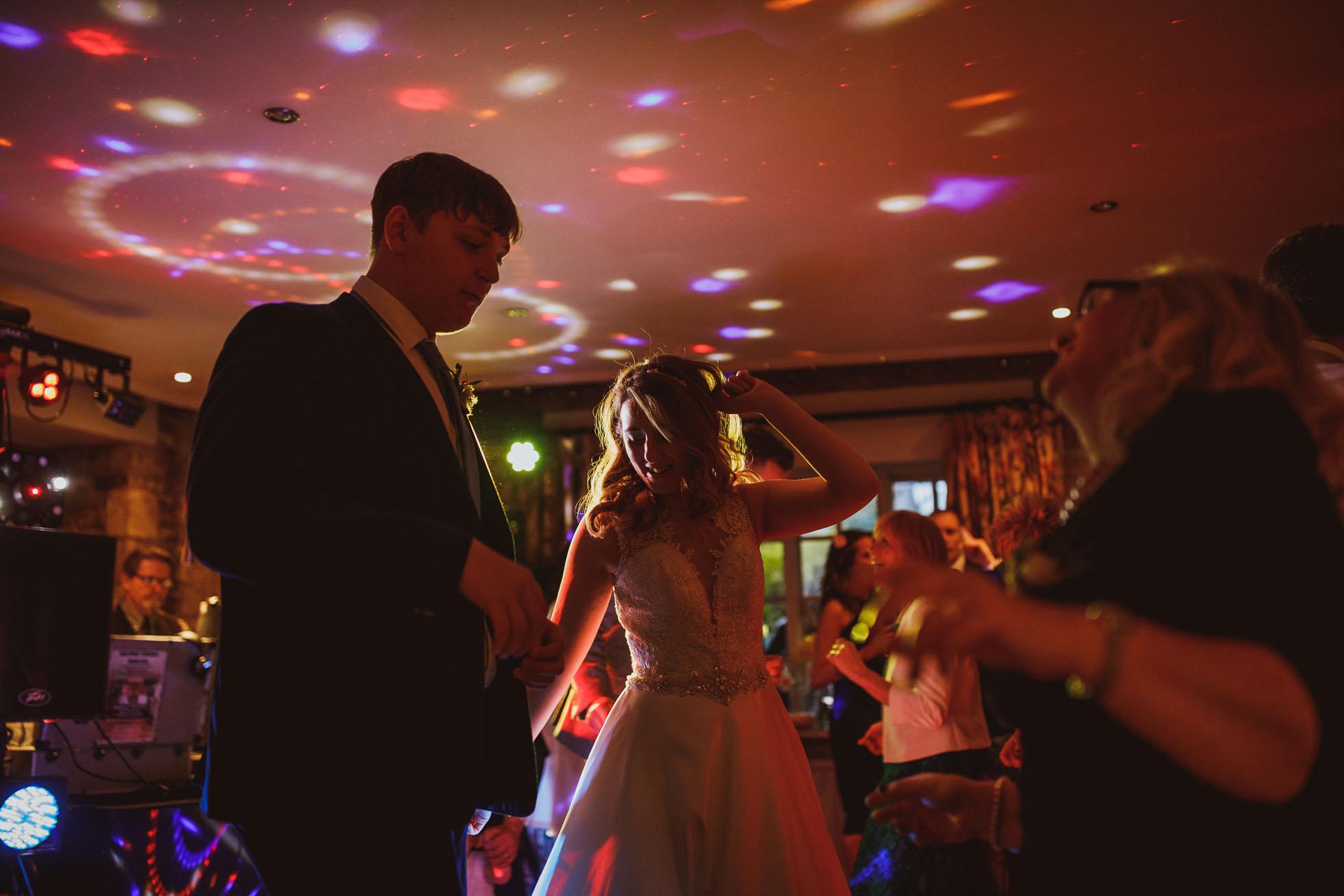 black_swan_helmsley_wedding_photographer-126.jpg