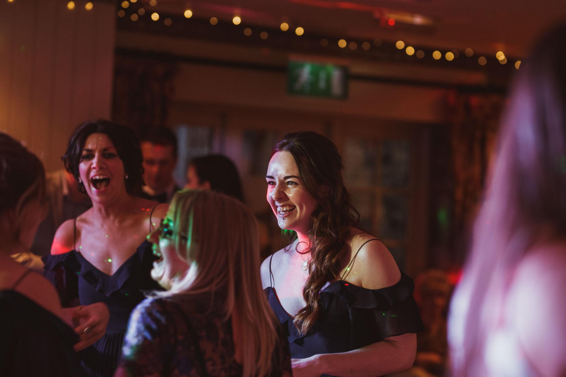 black_swan_helmsley_wedding_photographer-131.jpg