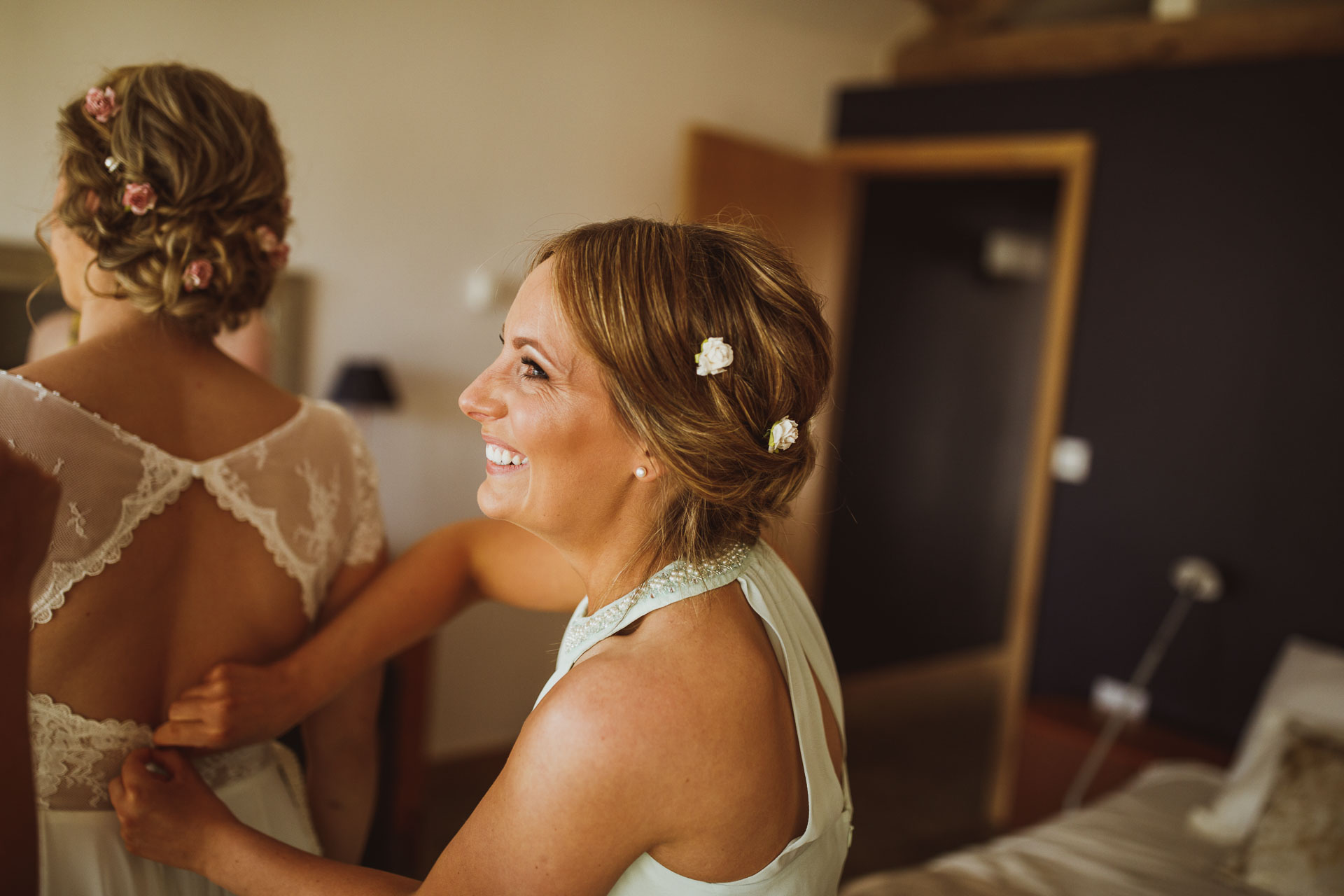 the_barn_scarborough_wedding_photographer-17.jpg