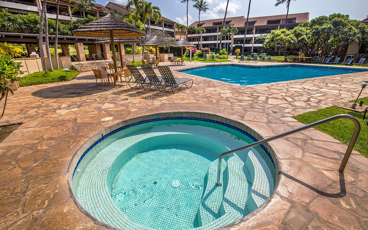 Kaanapali-Royal-Vacation-Rentals-Maui-KRO-6-Hot-Tub-Pool.jpg