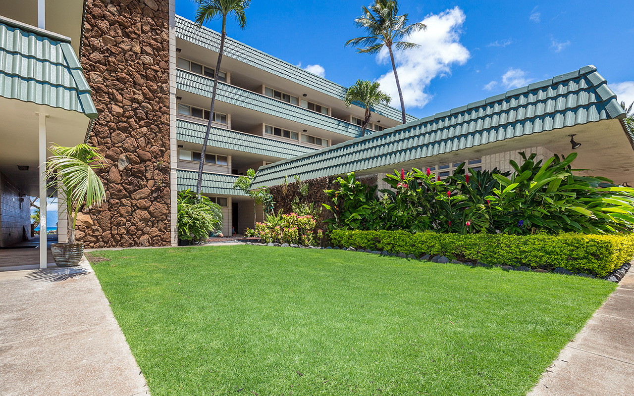 Kahana-Reef-Maui-Vacation-Condo-Rentals-Prop-3.jpg
