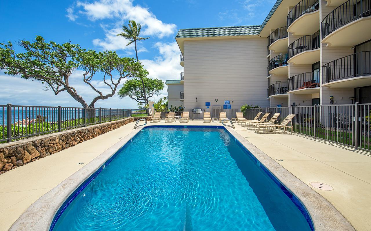 Kahana-Reef-Maui-Vacation-Condo-Rentals-Prop-2.jpg