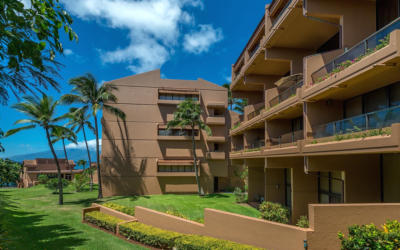 Kahana-Villa-Maui-Condos-6-Property.jpg