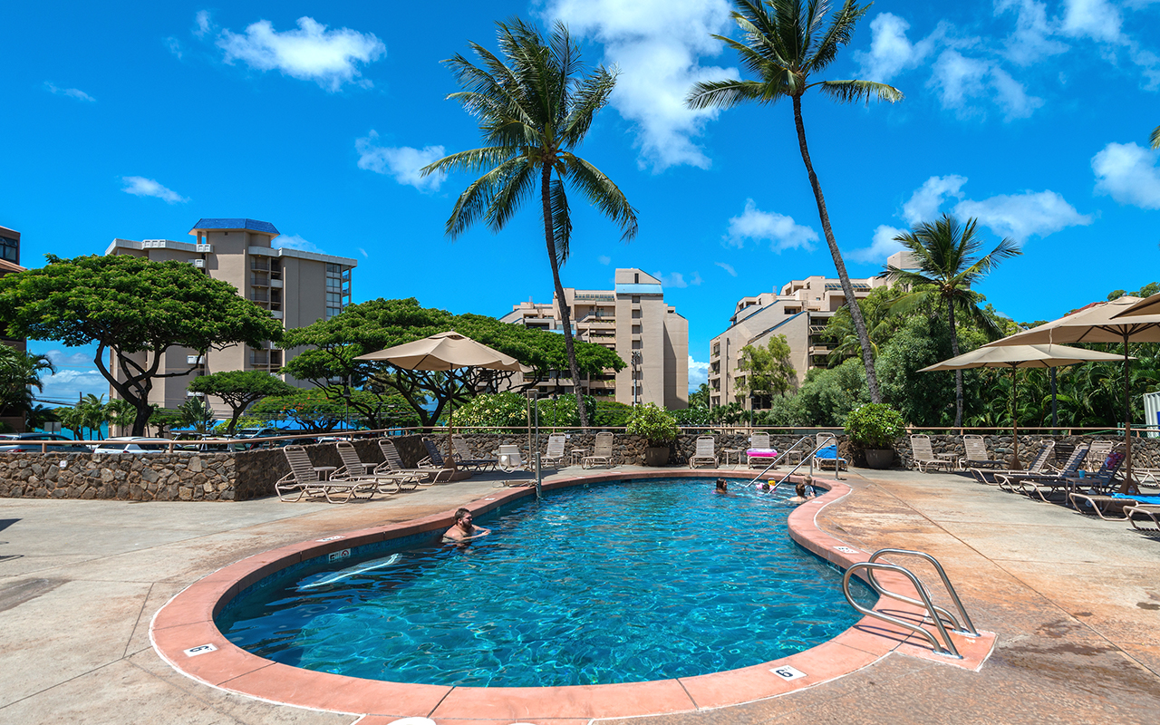 Kahana-Villa-Maui-Condos-8-Pool.jpg