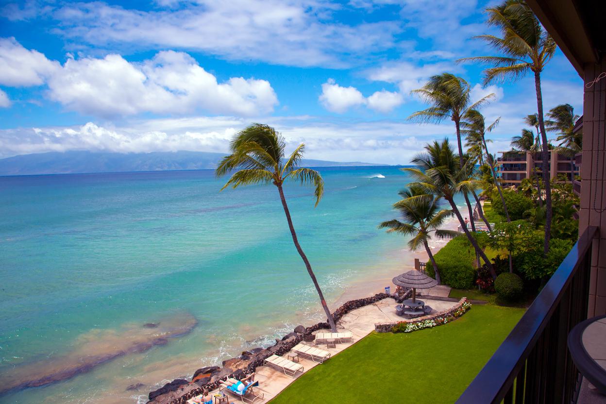 West-Maui-Condo-Rentals-Kaleialoha-P1-beach.jpg