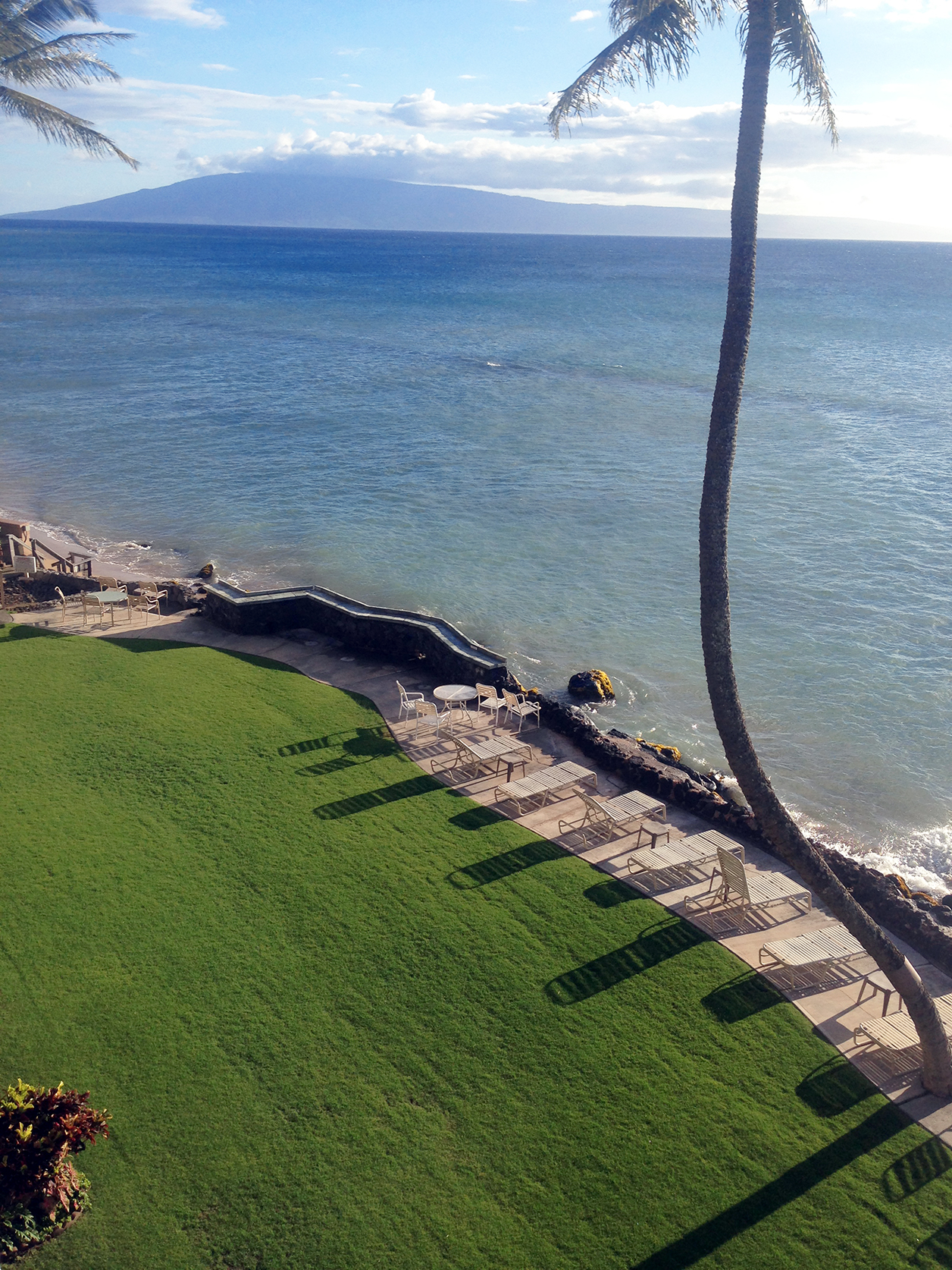 West-Maui-Condo-Rentals-Kaleialoha-P4-oceanfront.jpg