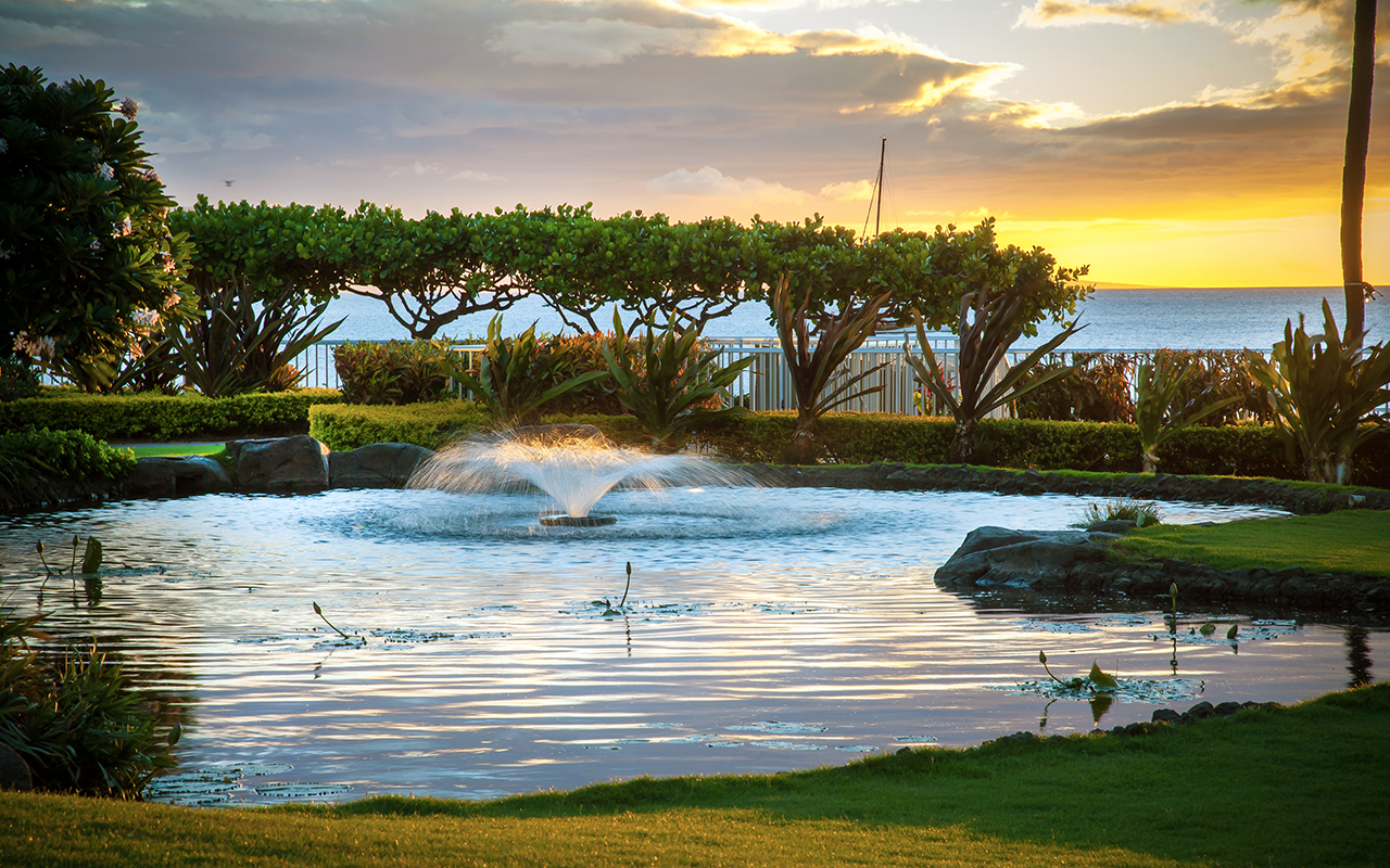 The-Whaler-Condos-Kaanapali-Vacation-Rentals-9-Fountain.jpg