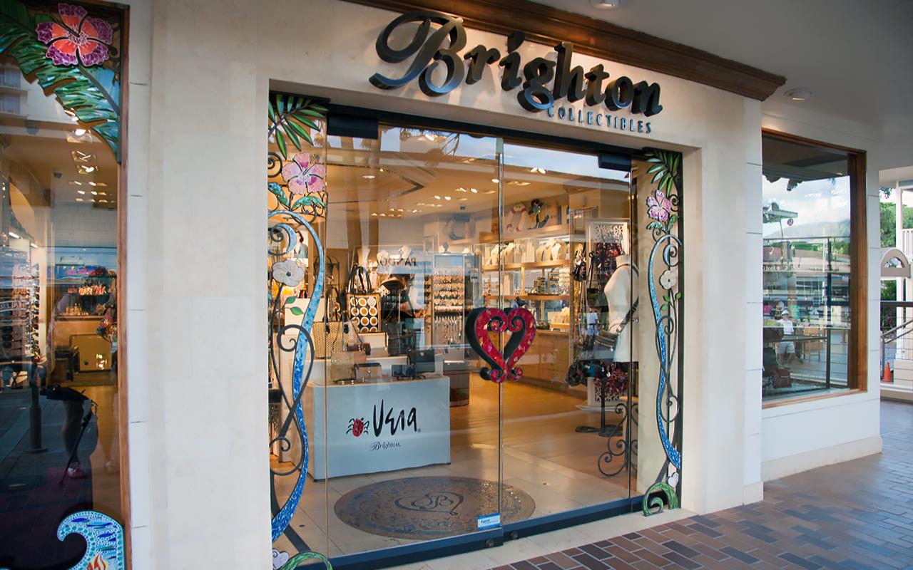 Whaler-Kaanapali-Maui-Vacation-Condo-Rentals-8-Shops-Brighton.jpg