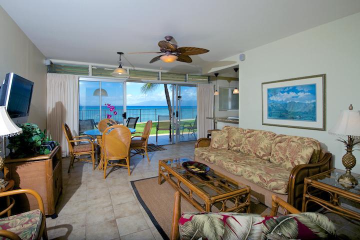 Honokowai-Vacation-Rentals-Maui-Hale-Ono-Loa-121-6-living-3.jpg