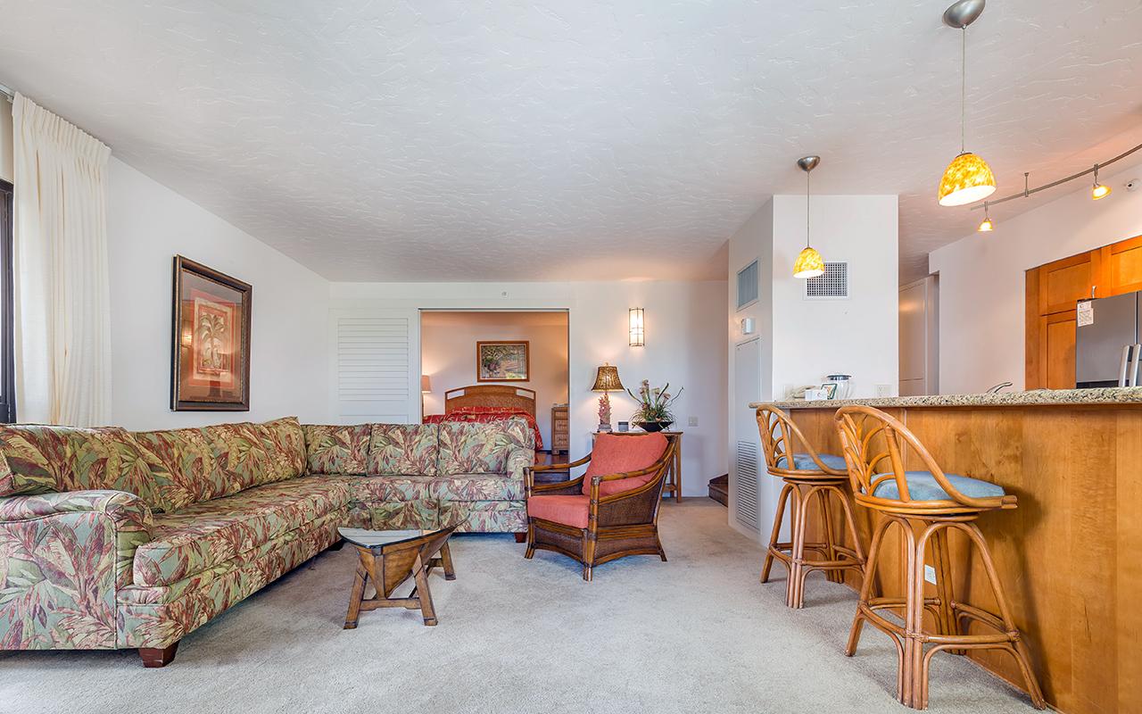 Kaanapali-Alii-171-Maui-Condo-Rental-13-living-room-d.jpg