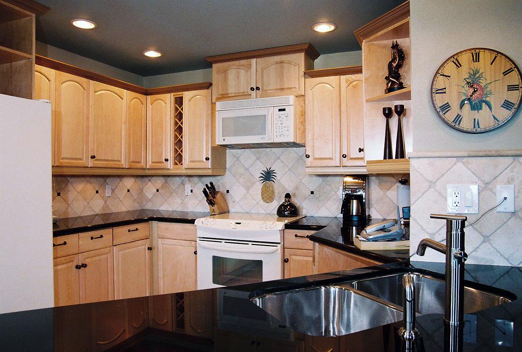 kapalua-villas-maui-golf-condo-rentals-KGV-23P-GV23P-kitchen-C.jpg