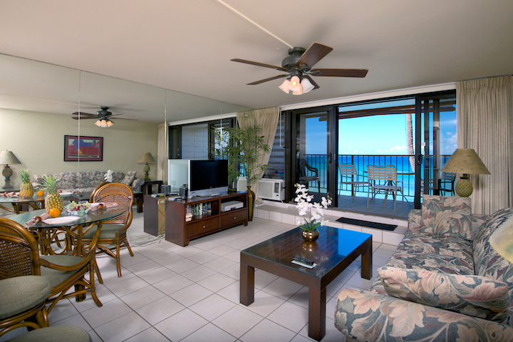 Honokowai-Vacation-Rental-Condo-Kaleialoha-KL308-2-lroom2.jpg