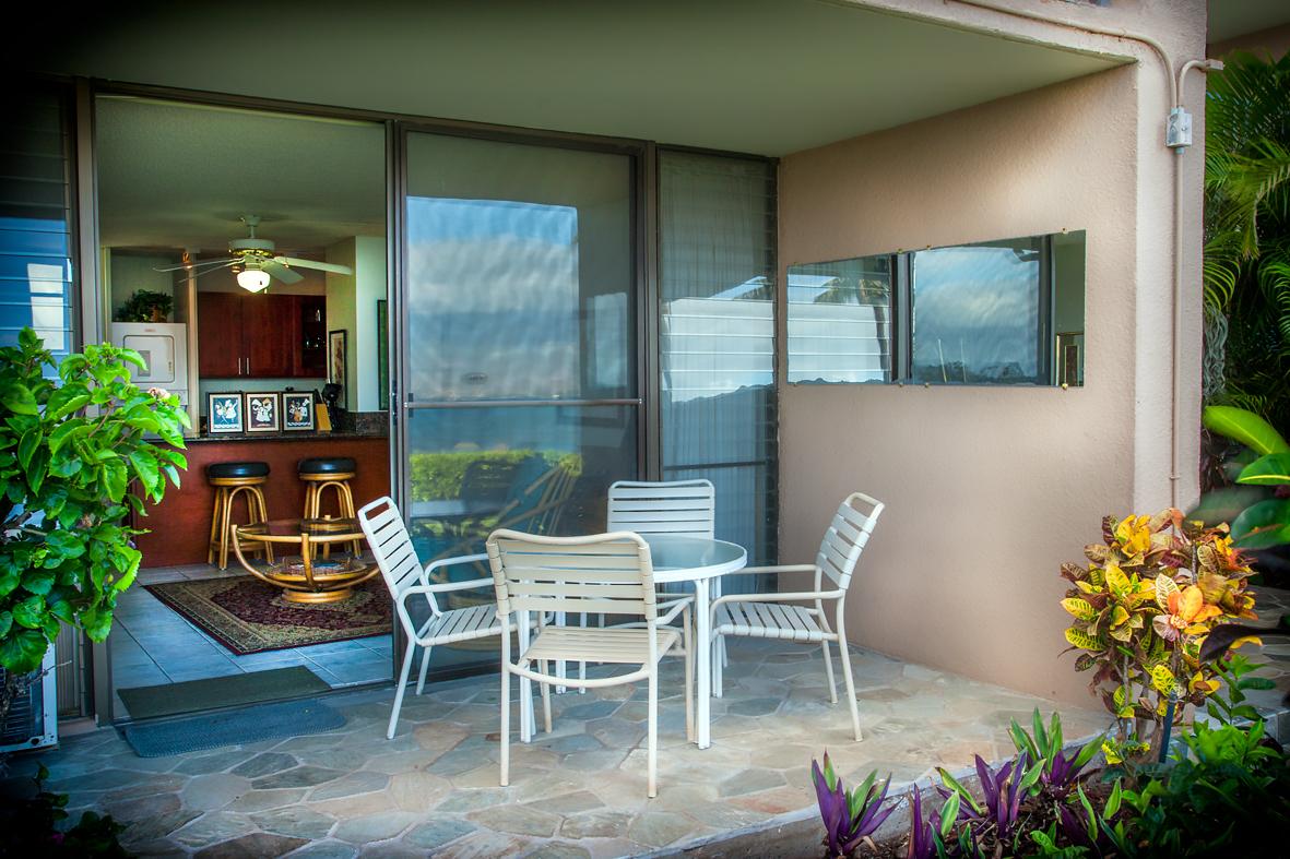 Maalaea-Banyans-Bay-Resorts-Maui-Condos-MB111-lanai-1.jpg