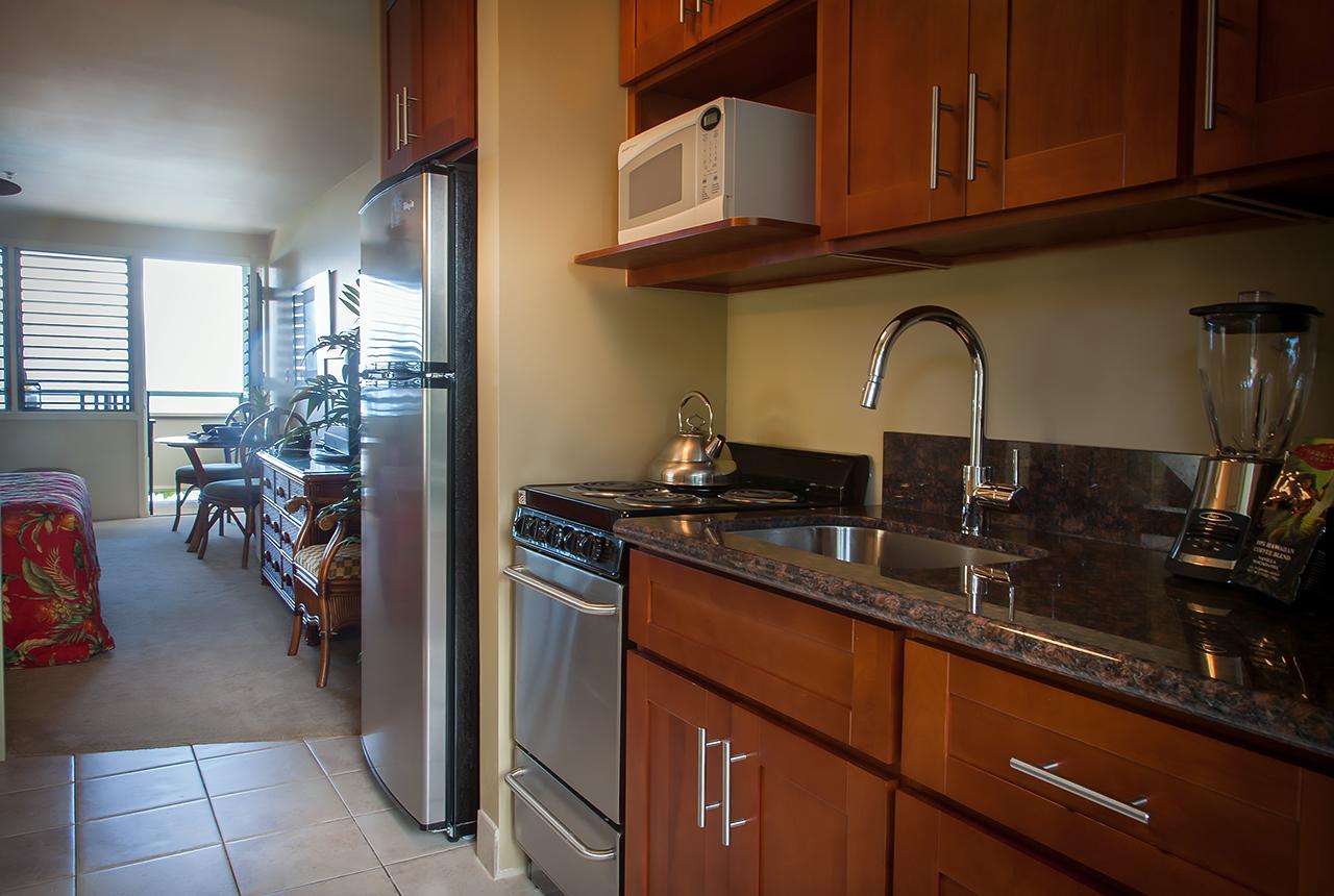 Napili-Bay-Resorts-Maui-Condo-NB205-kitchen-3.jpg
