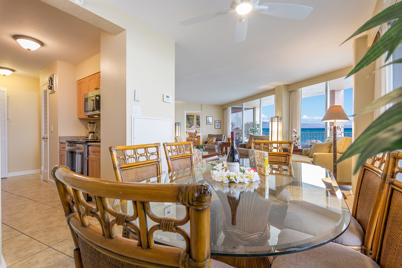 Royal-Kahana-Maui-Beach-Resort-Condos-RK510-2693.jpg
