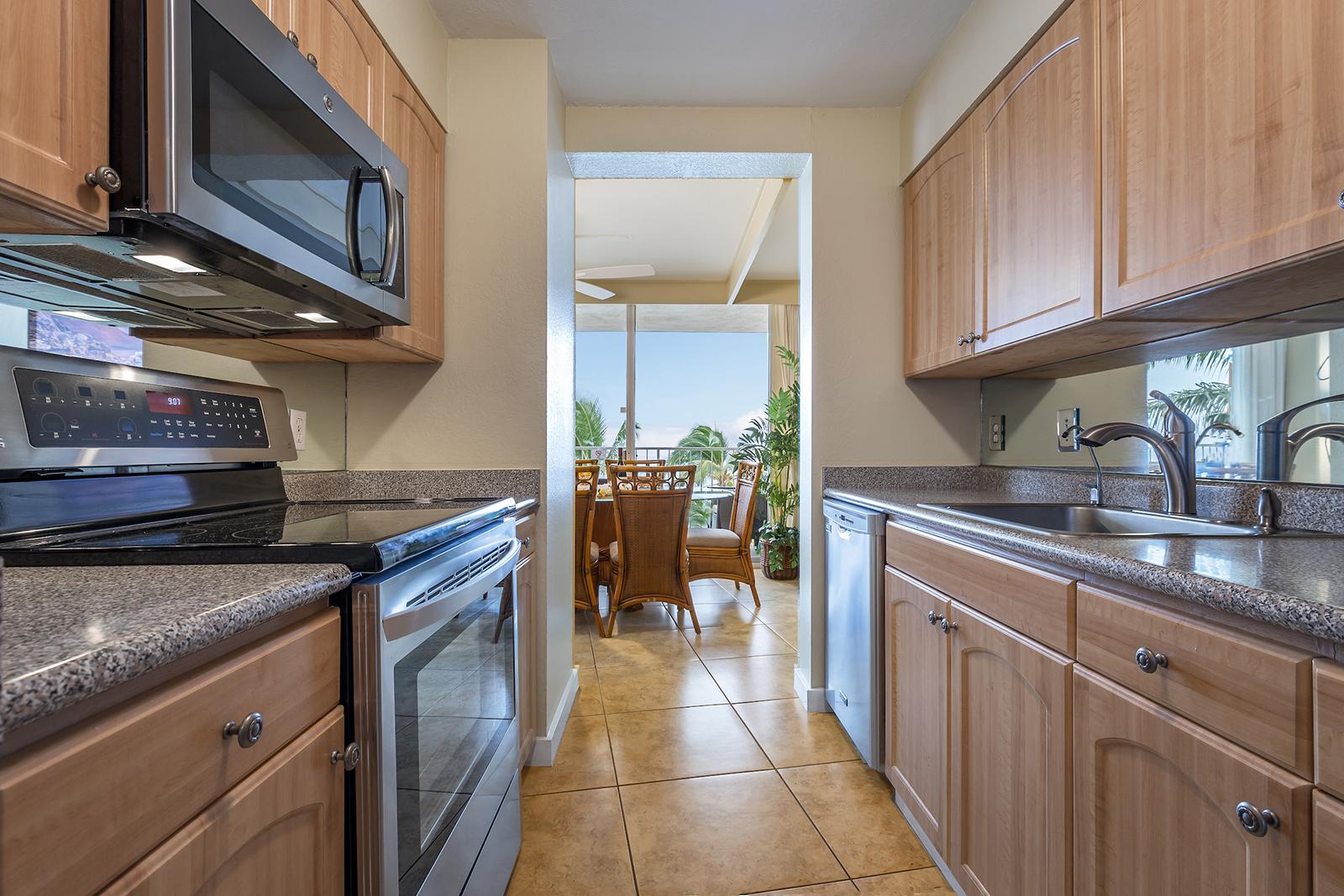 Royal-Kahana-Maui-Beach-Resort-Condos-RK510-2733-HDR.jpg