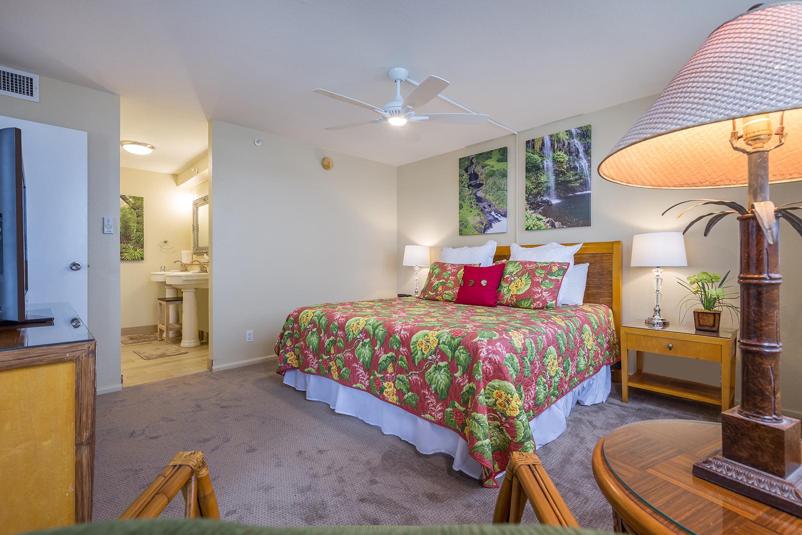 Royal-Kahana-Maui-Beach-Resort-Condos-RK510-2811.jpg