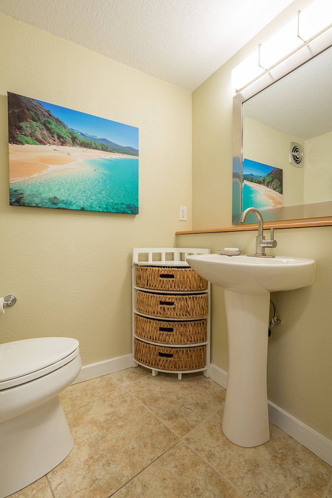 Royal-Kahana-Maui-Beach-Resort-Condos-RK510-2852.jpg