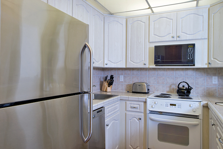 The-Whalers-Maui-Condos-Kaanapali-WH159-kitchen-3.jpg