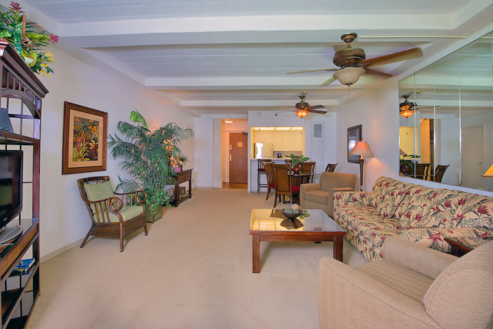 The-Whalers-Maui-Condos-Kaanapali-WH159-living-3.jpg