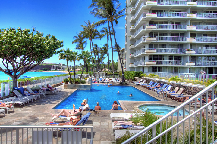 The-Whalers-Maui-Condos-Kaanapali-pool-beauty.jpg