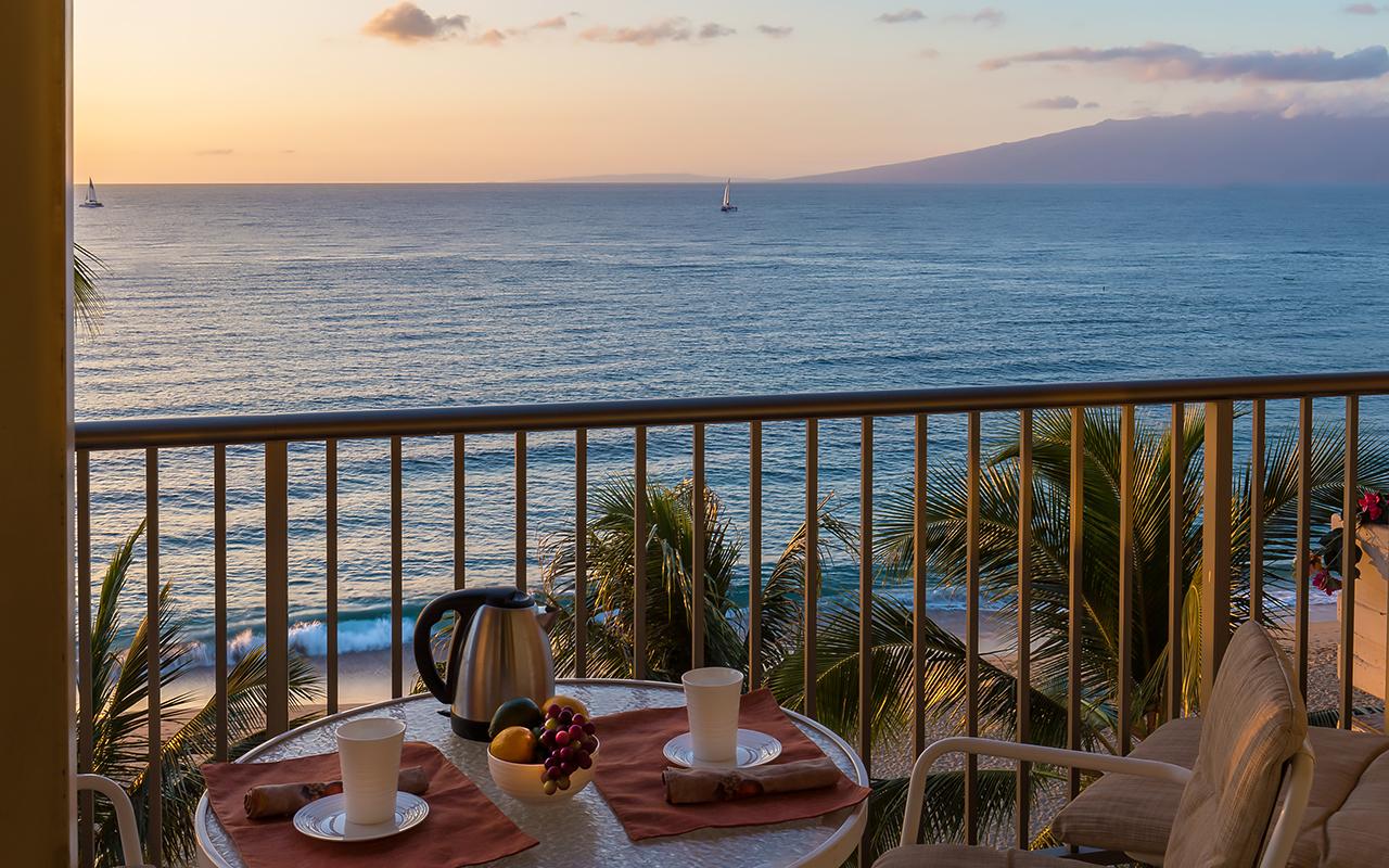 Whaler-Condos-Kaanapali-Beach-Maui-WH701-Lanai-Ocean-1.jpg