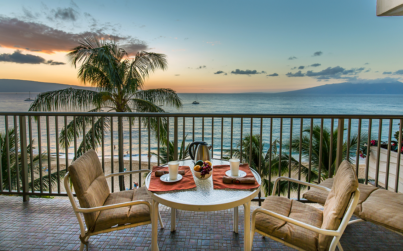 Whaler-Condos-Kaanapali-Beach-Maui-WH701-Lanai-Sunset-3.jpg