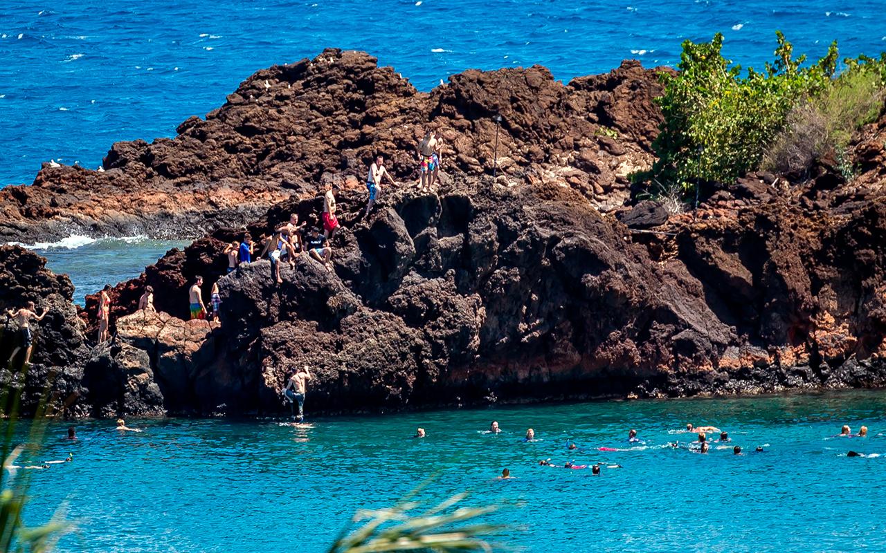 The-Whaler-on-Kaanapali-Beach-Rentals-Maui-WH1056-Black-Rock-View-C.jpg