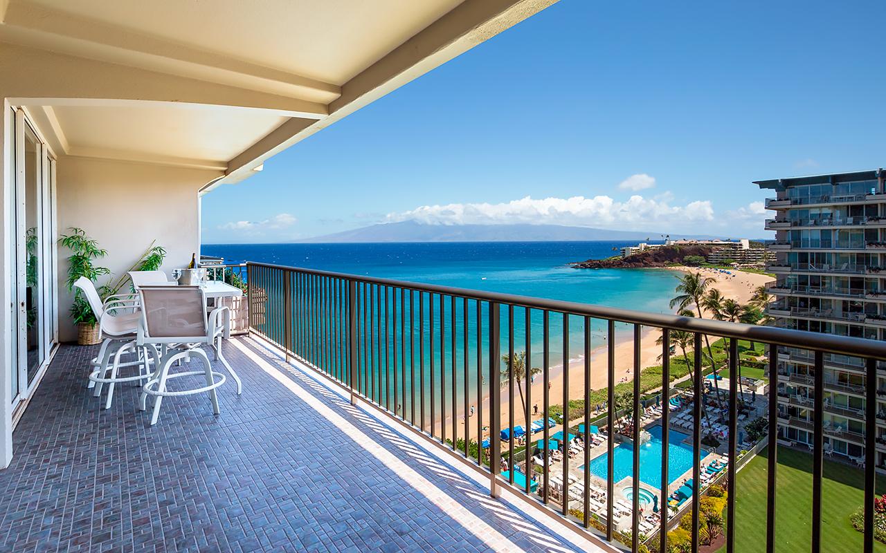 The-Whaler-on-Kaanapali-Beach-Rentals-Maui-WH1056-Lanai-View-A.jpg