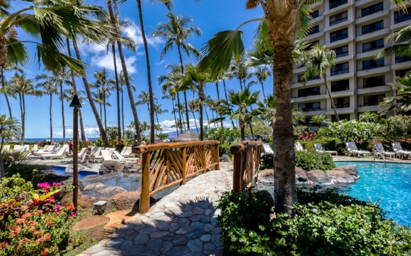 kaanapali-alii-resort-condominiums-maui.jpg