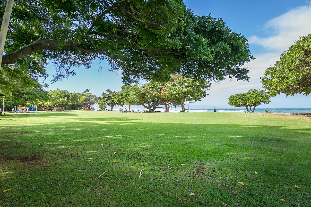 Honokowai-Vacation-Rentals-Maui-Hale-Ono-Loa-115-Grounds.jpg