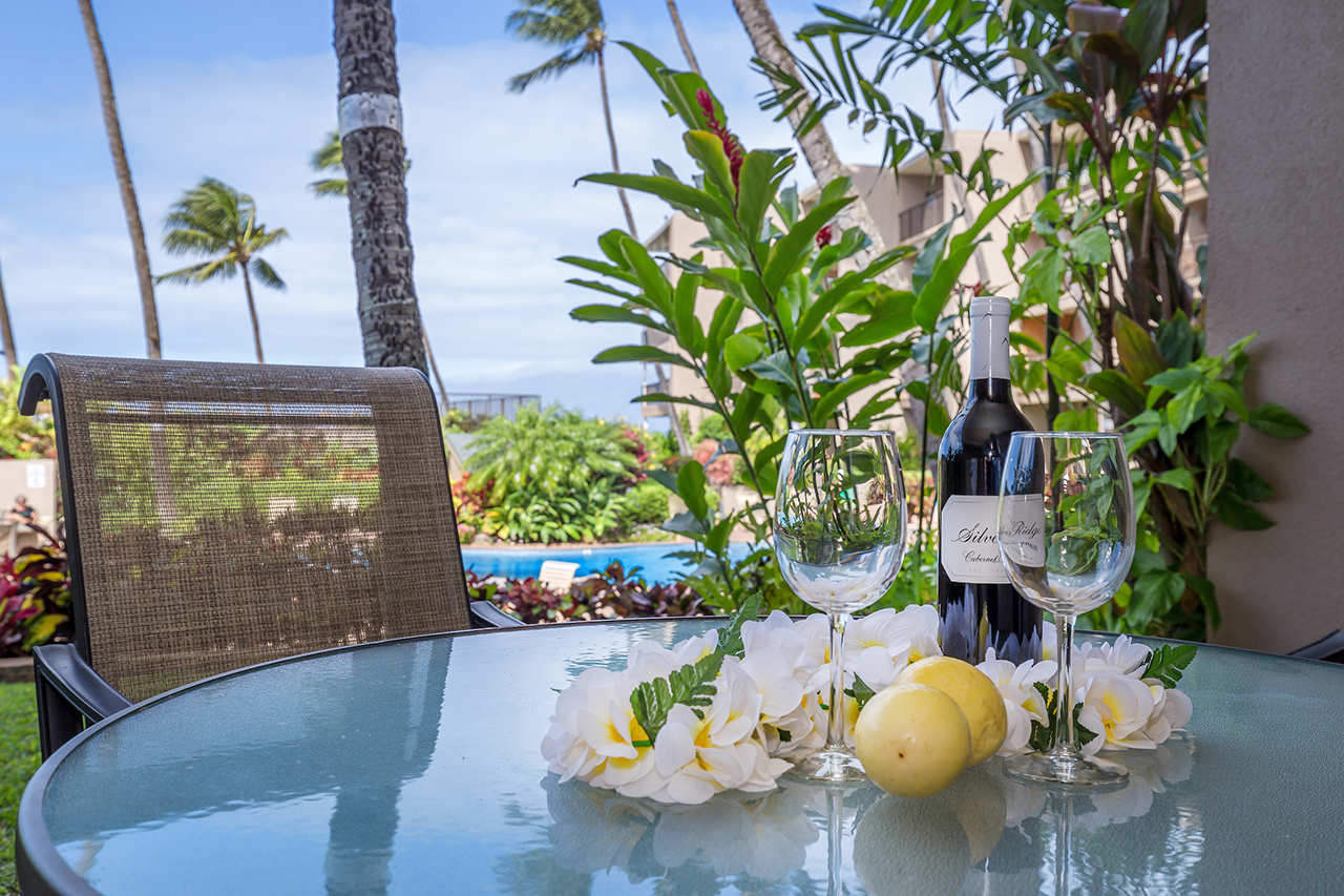 Honokowai-Vacation-Rentals-Maui-Hale-Ono-Loa-115-Lanai-2.jpg