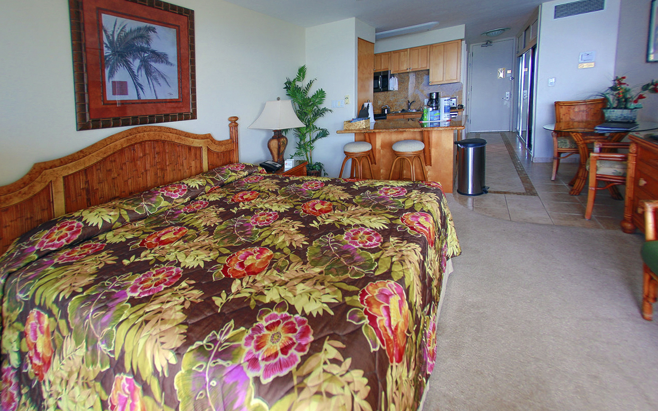 lahaina-shores-beach-resort-maui-LS507-8.jpg