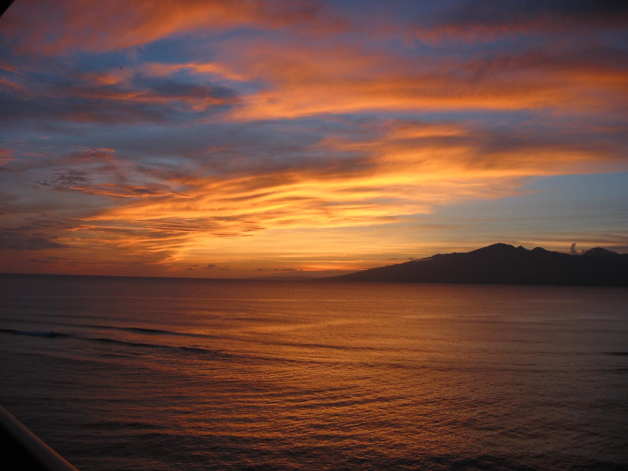 HO703-Sunset.JPG