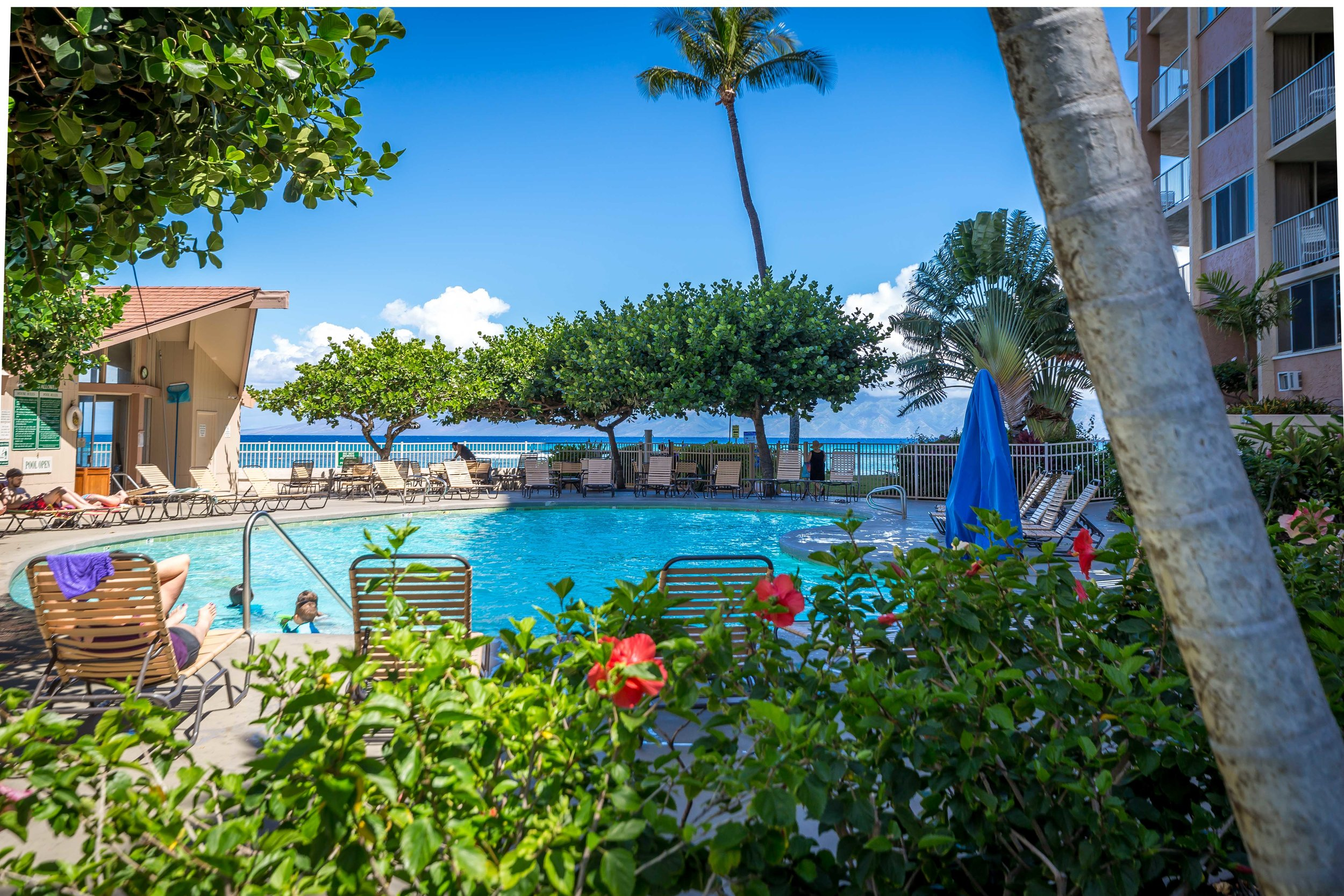 Royal-Kahana-Property-pool-B.jpg